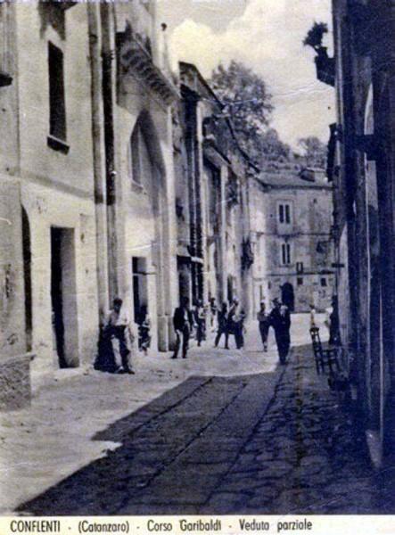 Corso Garibaldi verso bar Centrale