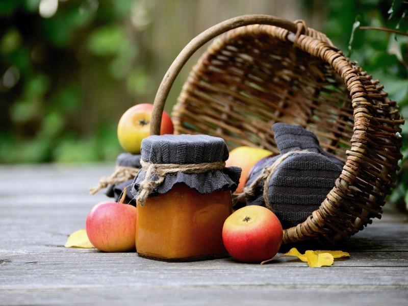 confetture: vasetto e mele