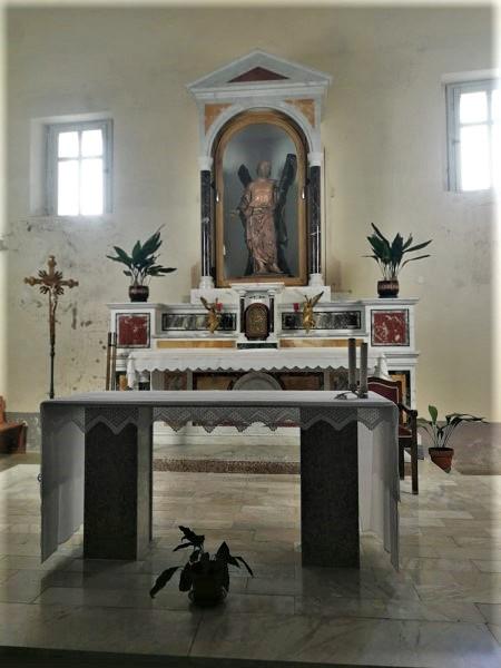Altare della chiesa di Sant'andrea