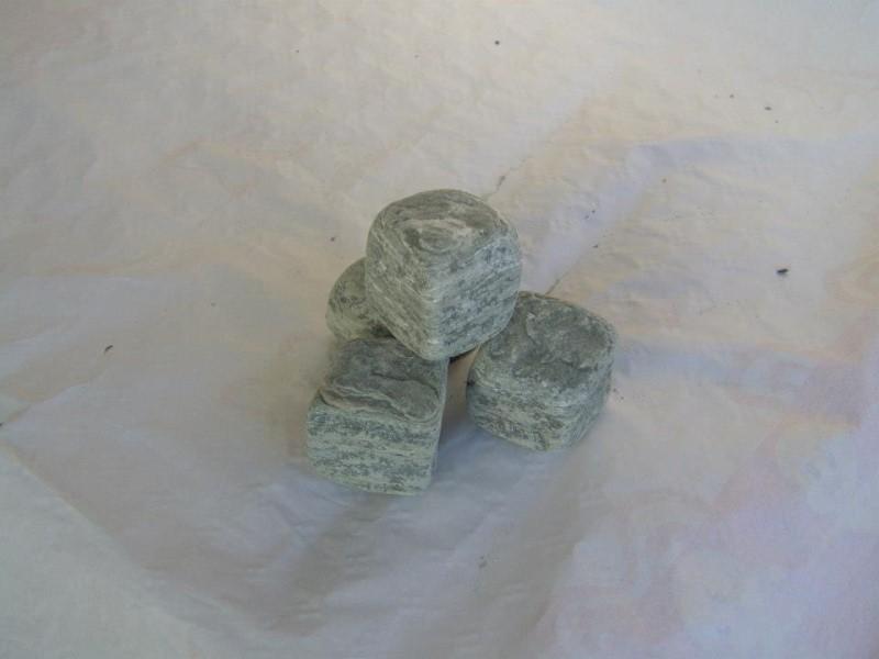 Pietra verde: 3 pietre