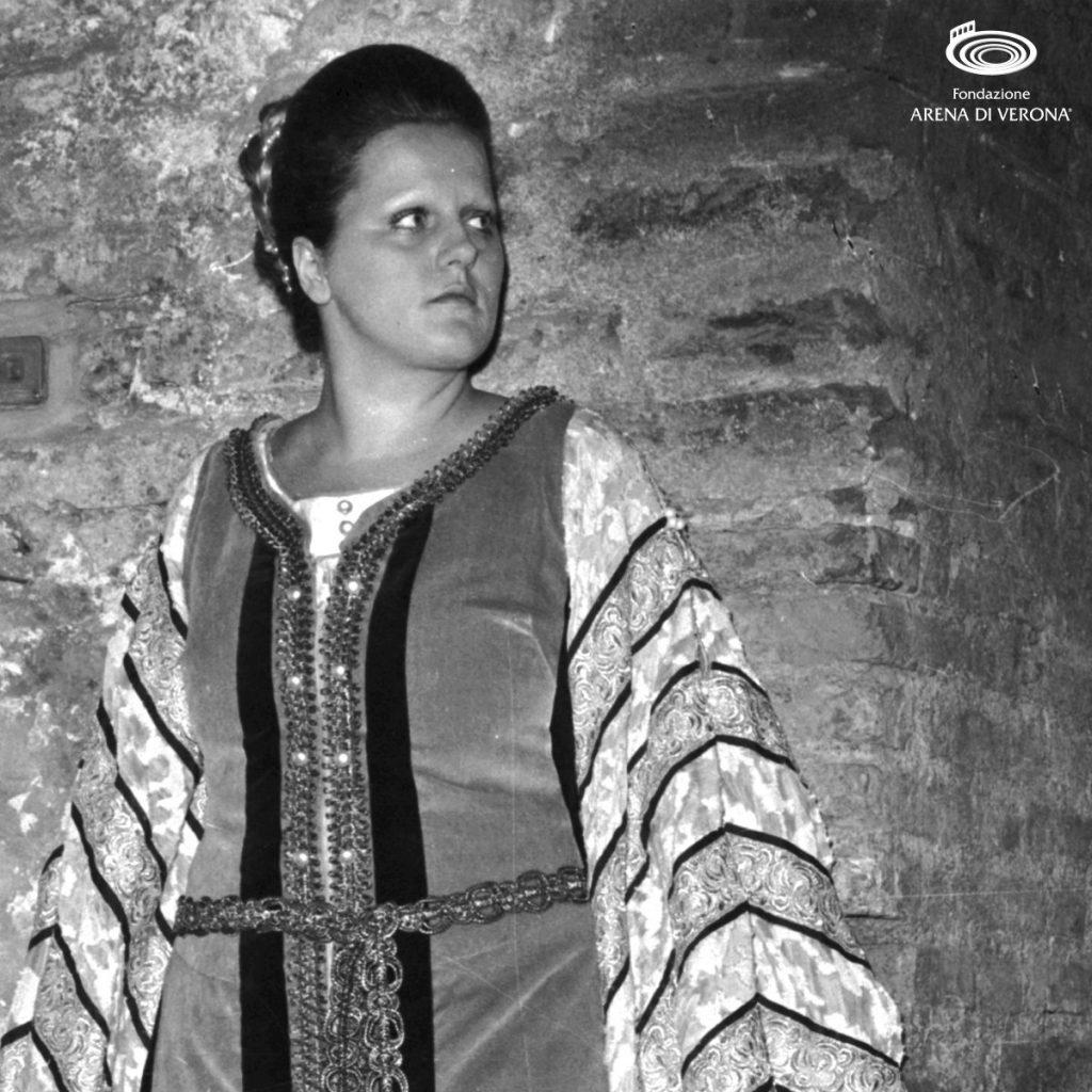 Katia Ricciarelli - Giovane Ricciarelli