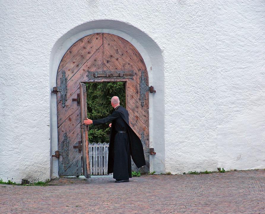 i monaci benedettini nel polesine - Frate Alla Porta