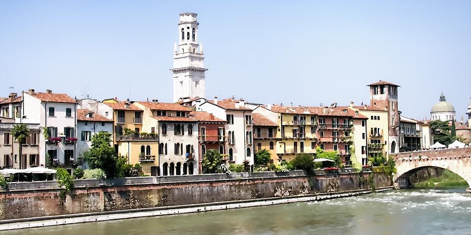 Achille Lauro - città di Verona