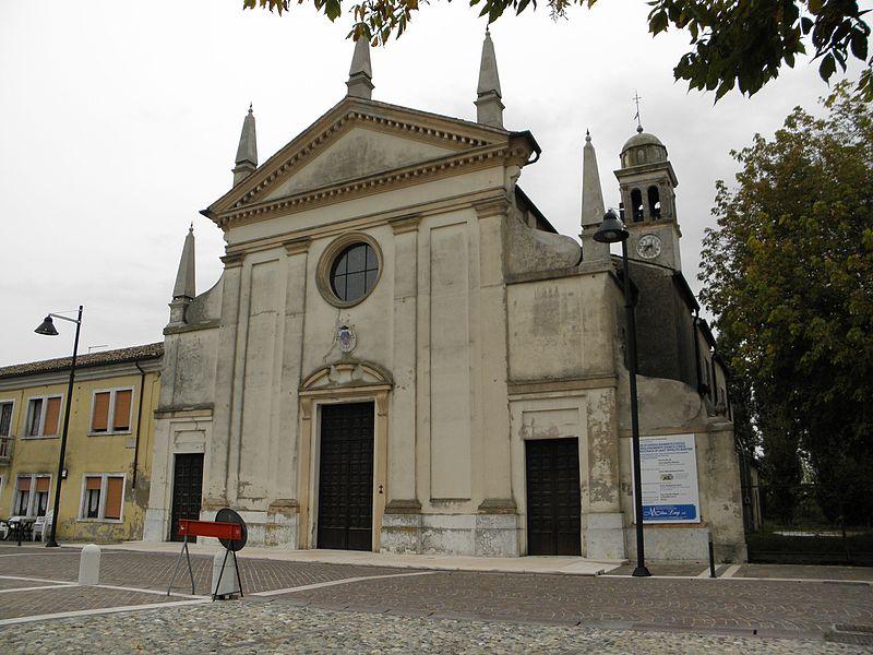 Giacciano con Baruchella - veduta della Chiesa Di Sant'ippolito