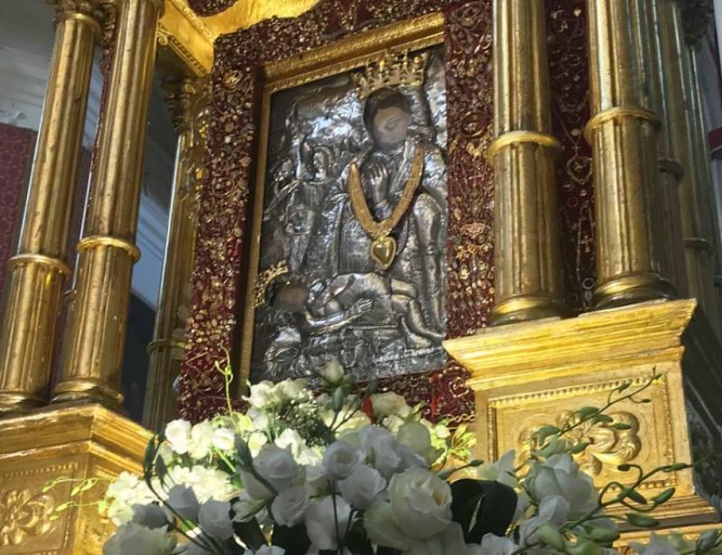 Il simulacro della Madonna della Neve