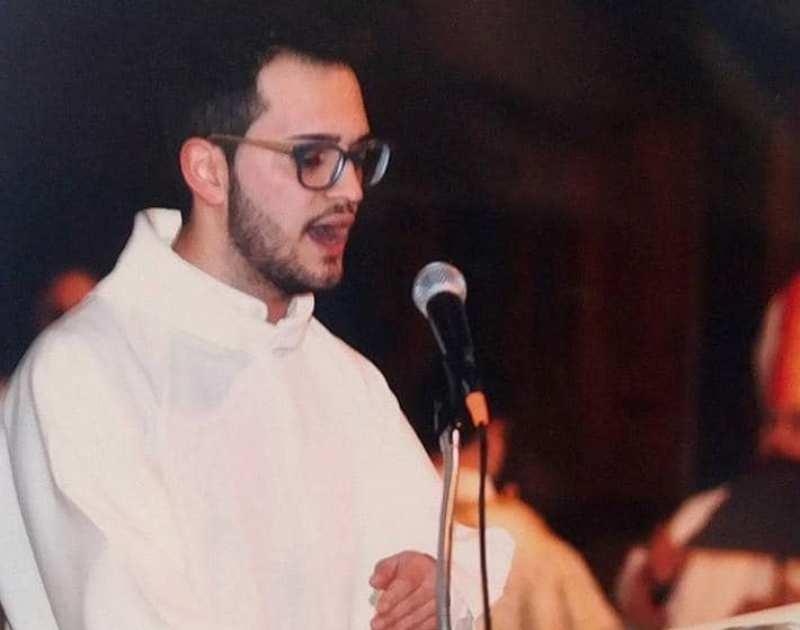 Jack Ferrera durante la messa