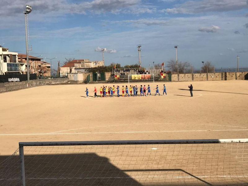 Mazzone con la squadra del Città di Francofonte