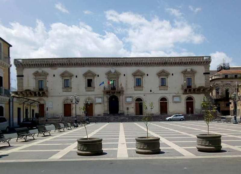 Passeggiando per francofonte Palazzo Gravina Cruyllas