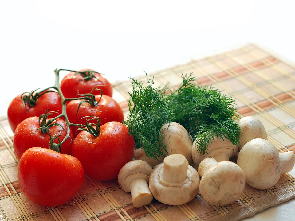 Ottobre Funghi Pomodori