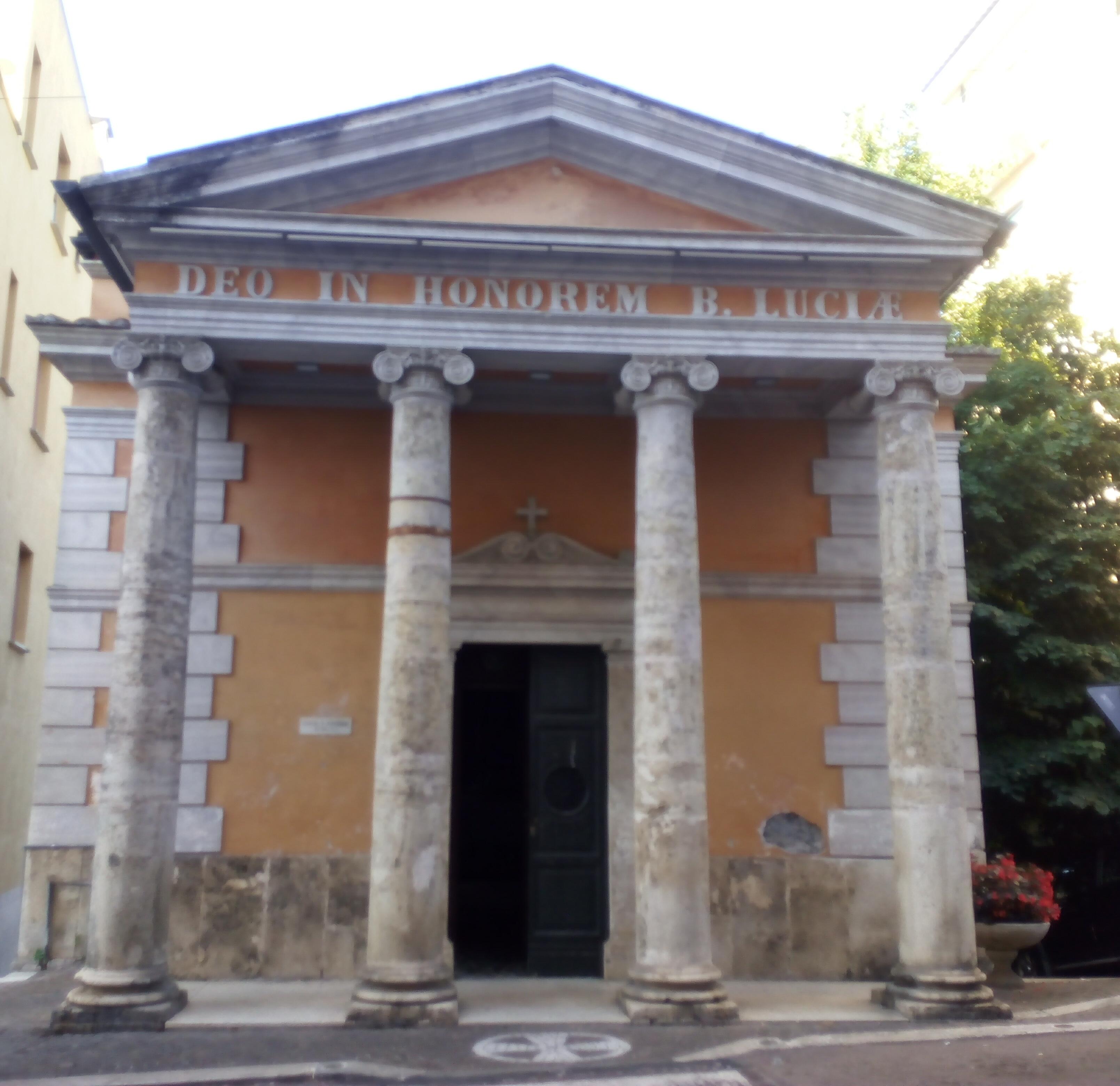 il falò di Santa Lucia - chiesa