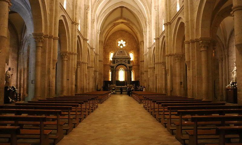 Chiesa Di Casamari - foto degli interni della chiesa