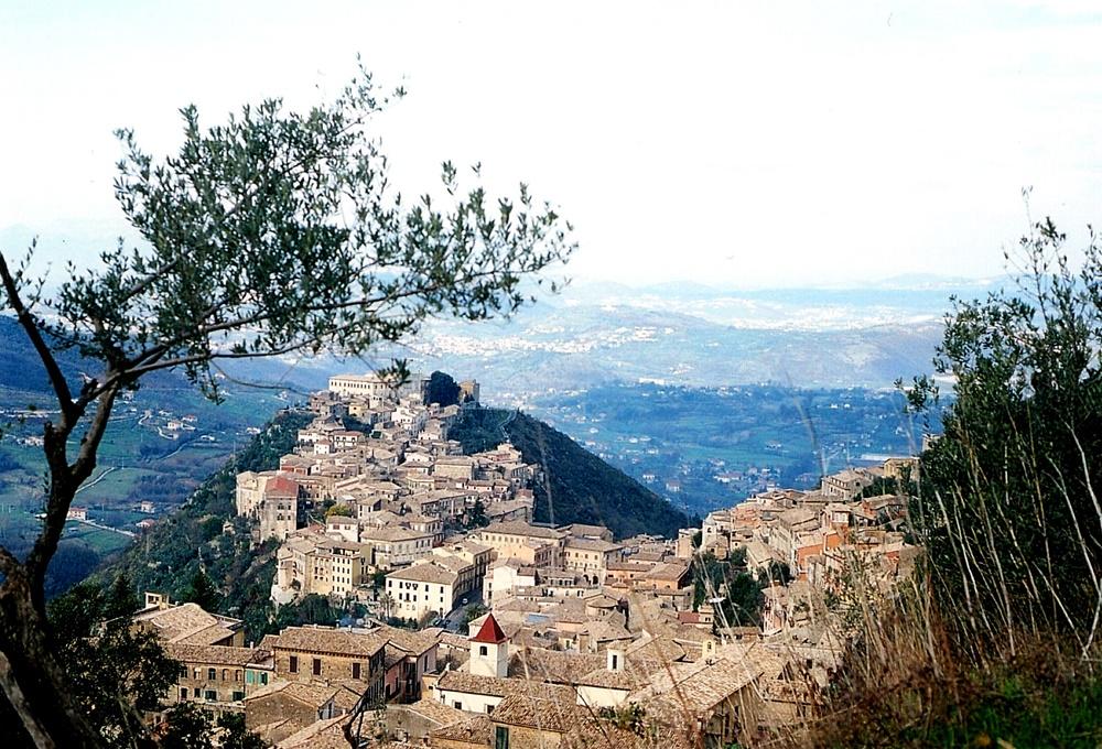 civita vecchia di Arpino - Panorama Di Arpino
