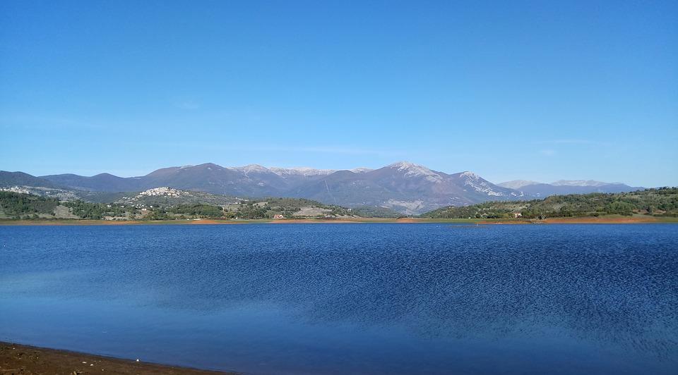 Lago di Canterno - veduta del lago