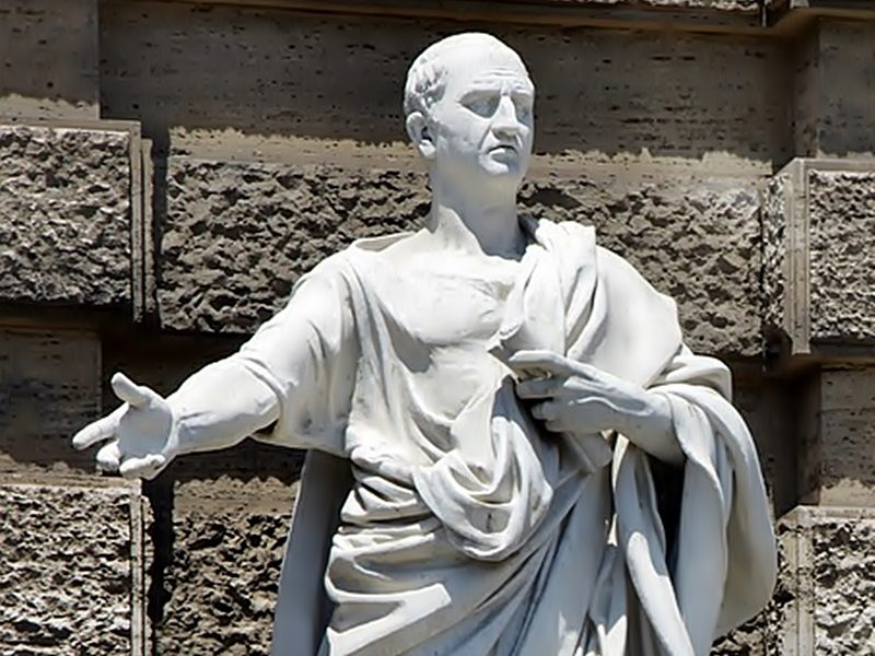 Certamen di Arpino - statua di Marco Tullio Cicerone