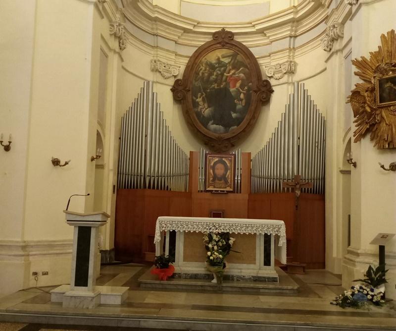 La madonna del buon consiglio - immagine dell'altare Della Chiesa
