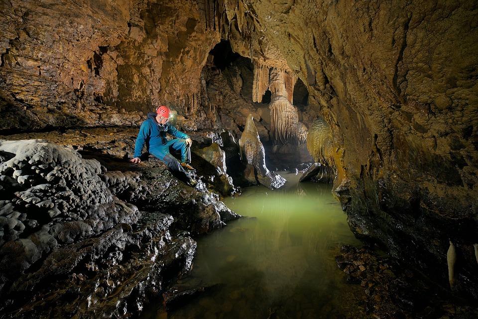 il pozzo d'antullo - Grotte in fase di esplorazione