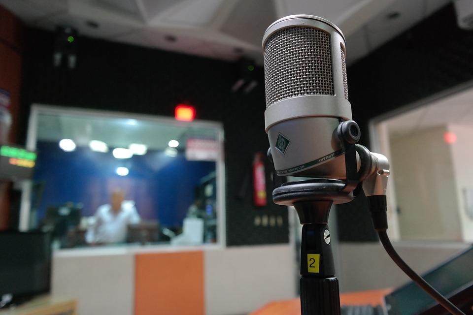 Josephine Maietta - Microfono