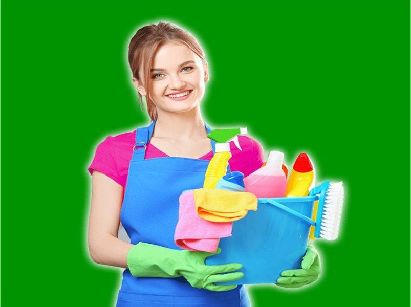 lavatrice - Ragazza che si appresta a fare i mestieri