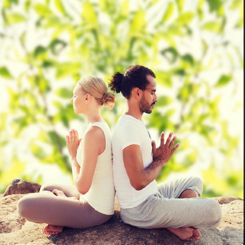 Cose da fare in casa - Yoga All'aperto con il partner