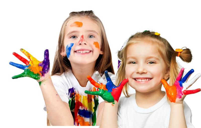 Centri estivi per bambini - Bimbette Colorate che giocano