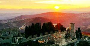 il castello di San tommaso -Monte San Giovanni in veduta panoramica