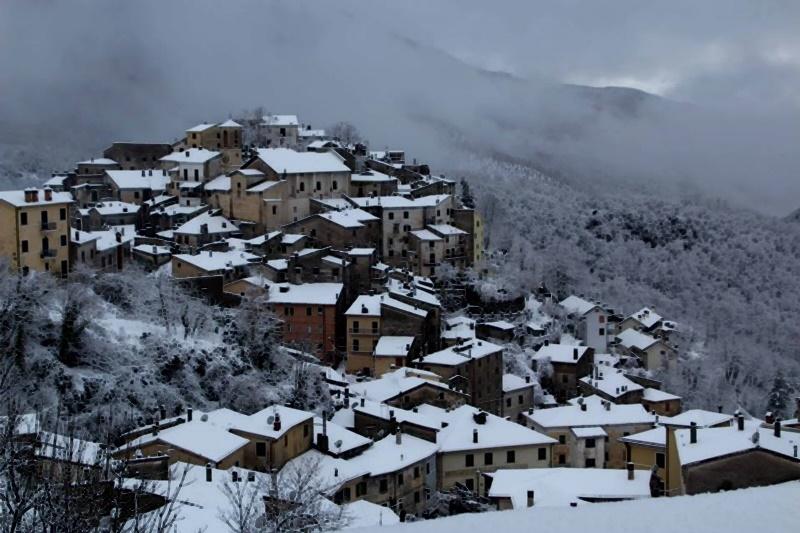 Visitare filettino - Filettino Innevato con gli impianti aperti