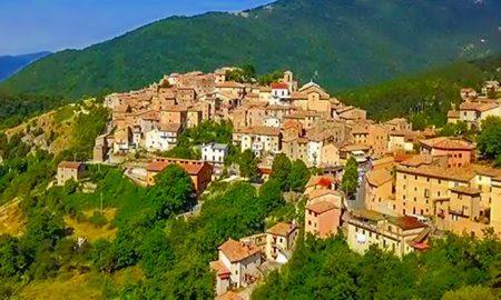 Visitare Filettino - Filettino in una foto Panoramica