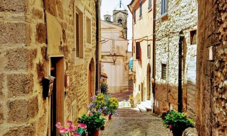 Vistare Guarcino - un arco medievale a Guarcino