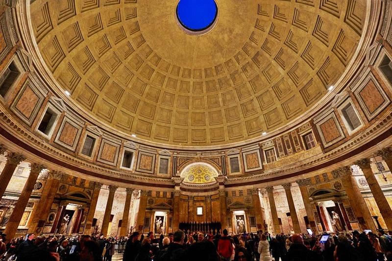 Il Pantheon - gli interni del Pantheon