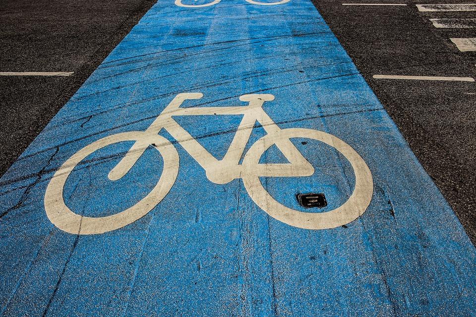 segnaletica stradale - Pista Ciclabile Blu con bisci stilizzata