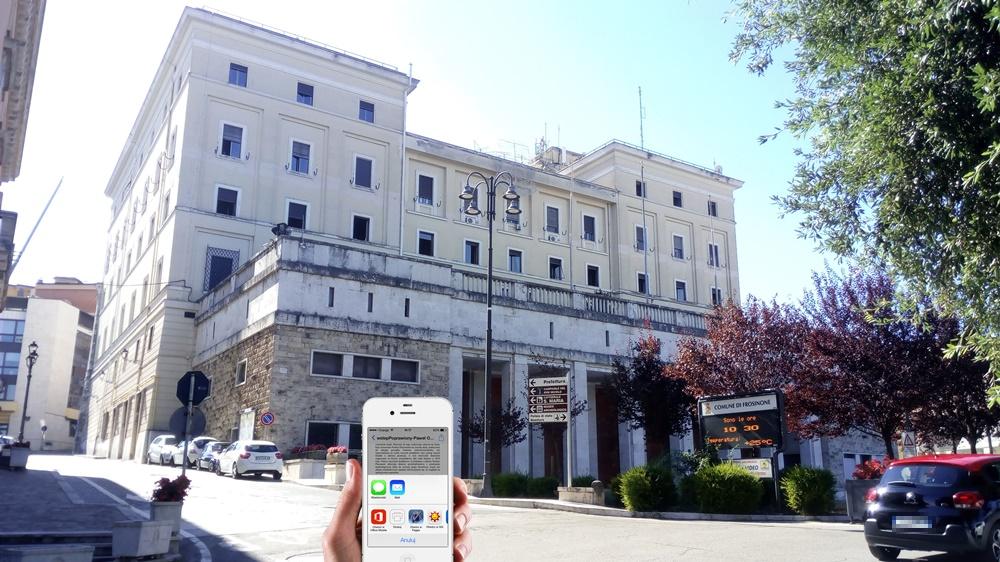 App di monitoraggio #Covid-19 - controllare app. davanti la Prefettura