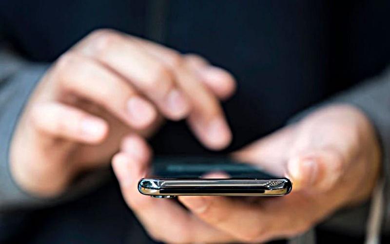 Scaricare FR monitoraggio - un utente che usa la app
