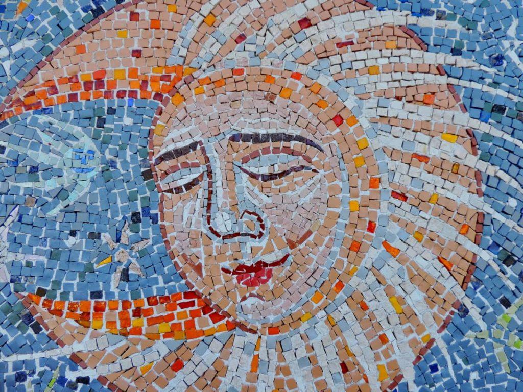 Frosinone città delle arti - Mosaico con una personificazione della luna