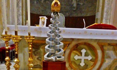 La torre della pace - primo piano del reliquiario dei santi patroni