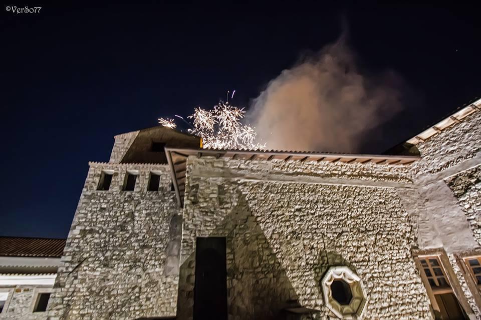 fuochi d'artificio - Castello Con Fuochi D'artificio