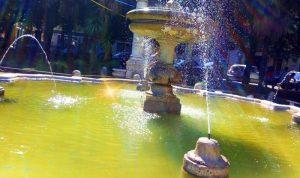 Il sindaco Ottaviani - fontana de Carolis illuminata