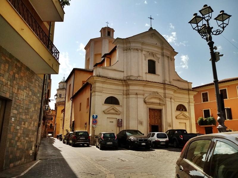 La chiesa di San Benedetto di Frosinone - San Benedetto dalla destra