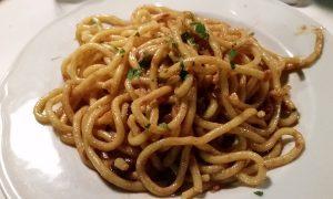 Gnocchi A Coda De Soreca - un piatto di gnocchi pronto