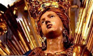 Madonna Del Suffragio - primo piano della statua
