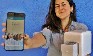 Screening tumore al seno - La Inventrice mostra il dispositivo
