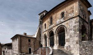Chiesa di Sant'Erasmo di Veroli - Chiesa Di Veroli vista dal basso