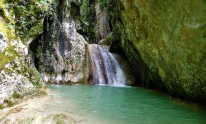 Fosso di Roccanieri - la cascata minore e la pozza piccola