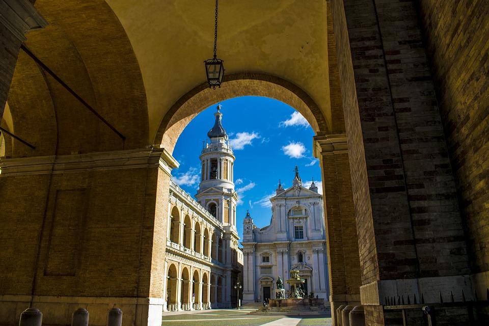 Pellegrinaggio a Loreto - Basilica Di Loreto vista in detttaglio