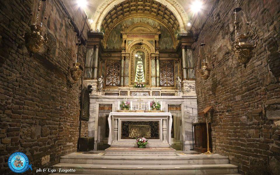 Pellegrinaggio a Loreto - Santa casa dall'interno