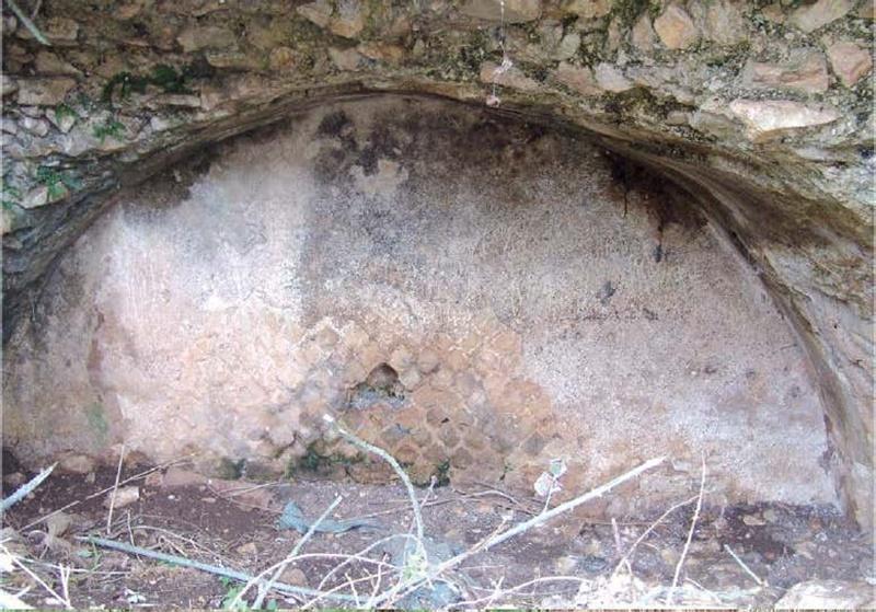 Dante cita la regina Camilla - Grotta Di Camilla vista frontalmente