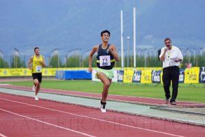 Samuele Licata spinge gli ultimi metri, verso la vittoria