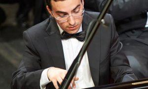 musica alberto ferro pianista gelese