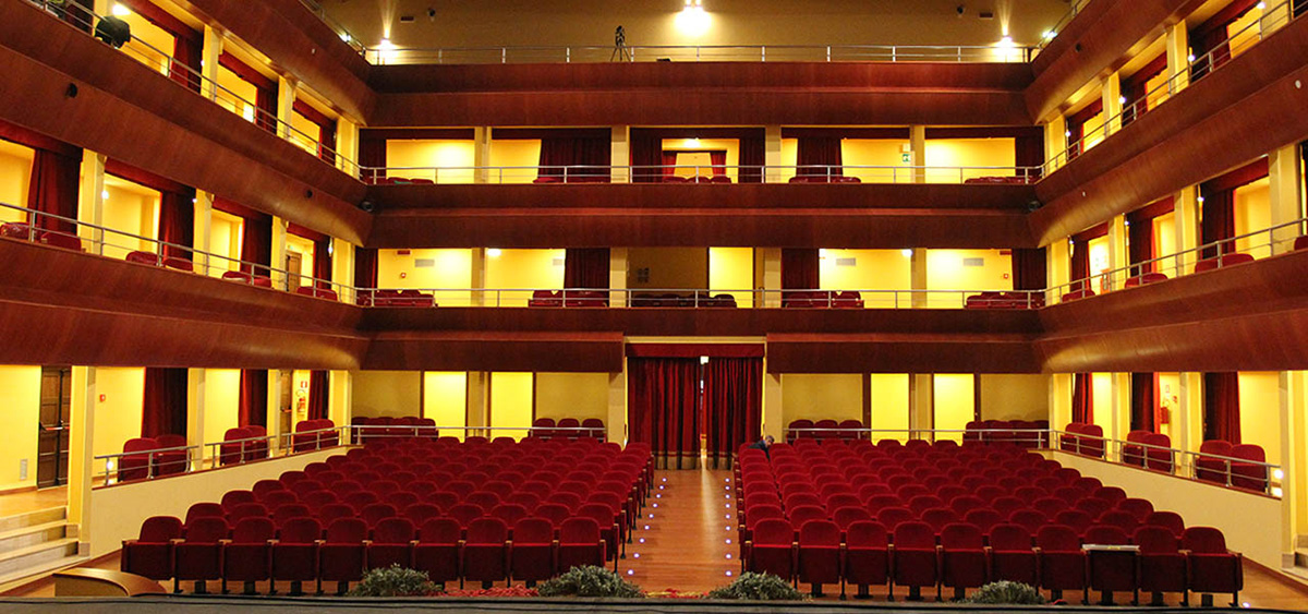 Teatro Eschilo Poltrona K905 1