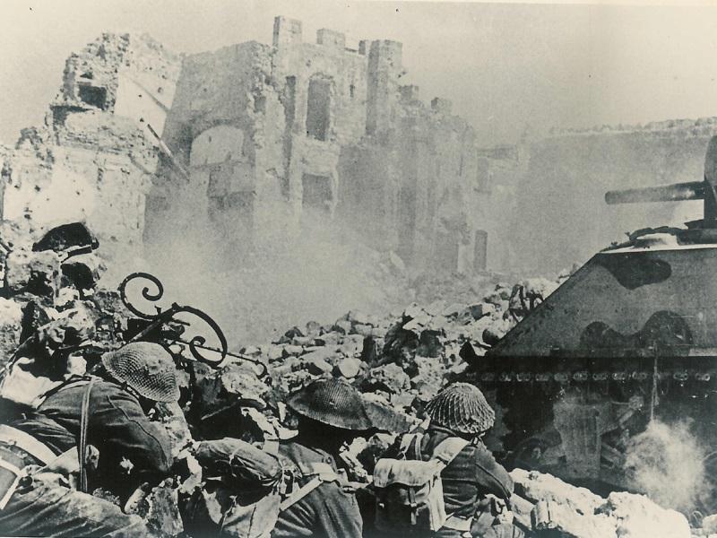 Ismene - foto durante un assedio