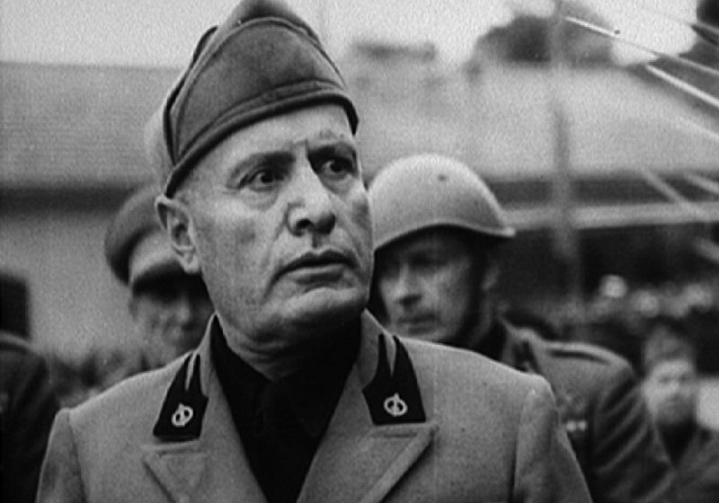 Mussolini a Gela - foto del duce